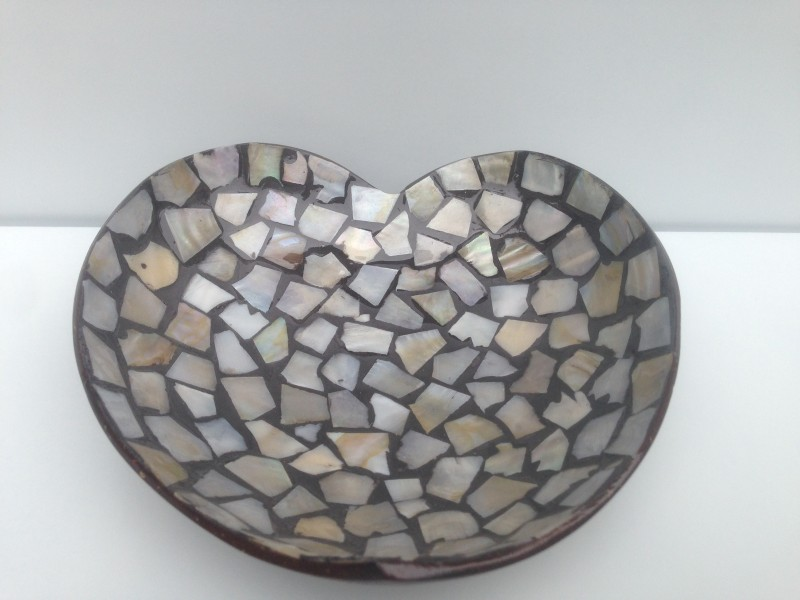 HT5742 Coconut Shell Bowl With Mother Of Pearl Inlaid