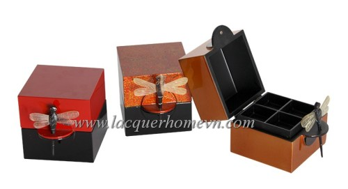 lacquer jewelry boxes with dragon fly lock
