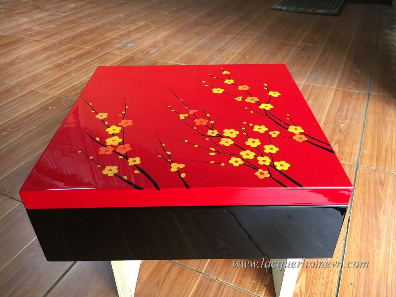 HT9984 Hộp sơn mài đựng mứt tết vẽ hoa đào